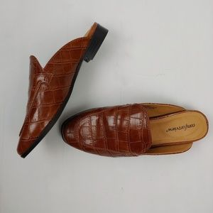 Comfortview Brown Crocodile Pleather Mules